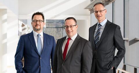 Der Vorstand der Köster Holding AG: Jens Kutzner (technischer Vorstand), Adolf Roesch (Vorsitzender des Vorstands), Carsten Knoth (kaufmännischer Vorstand) (v.l.n.r.)