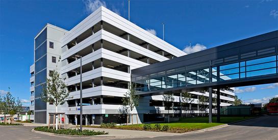 Parkhaus One tesa, Norderstedt: Schlüsselfertiger Neubau mit 656 Pkw-Stellplätzen